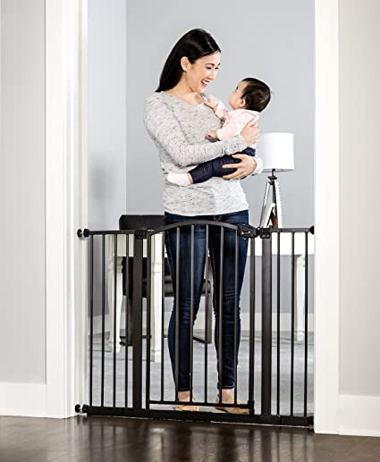 4... Includes 6-Inch Extension Kit Regalo Easy Step Extra Tall Walk Thru Gate