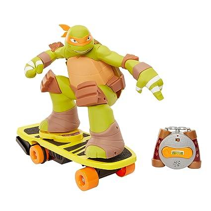 Teenage Mutant Ninja Turtles - RC Skateboarding Mikey (UK ...