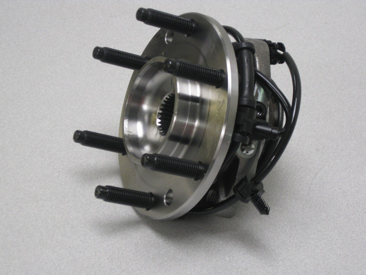 AC Delco F3Q005MX/ FW121/19103094 GM Original Front Wheel Hub and Bearing Assembly with Wheel Speed Sensor and Wheel Studs