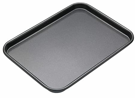 The 8 best baking trays uk