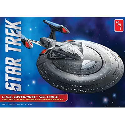 AMT U.S.S. Enterprise 1701-E 1:1400 Scale Model Kit: Toys & Games