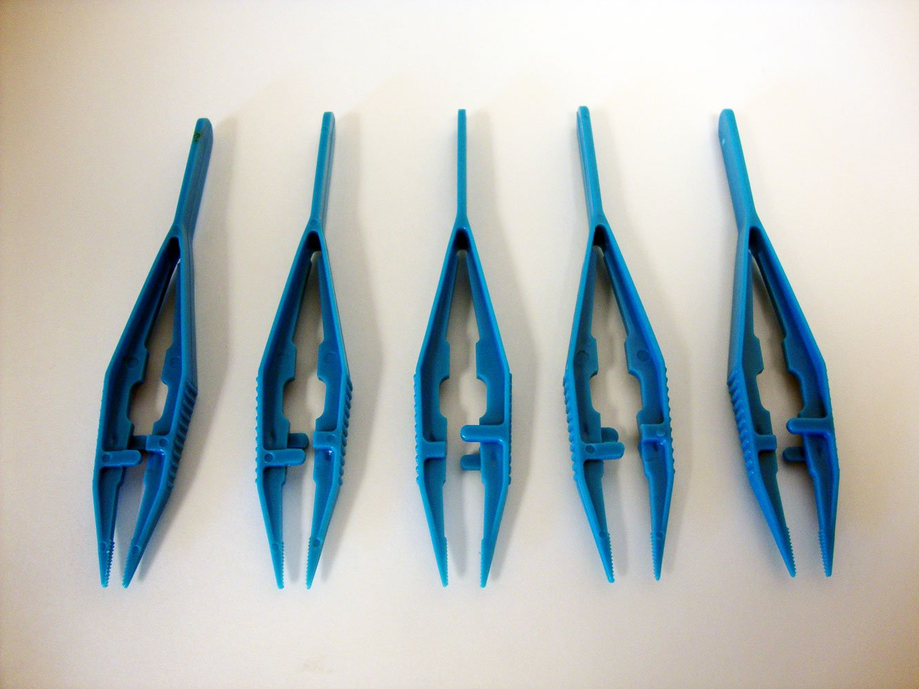 Fine Serrated Tip Plastic Forceps, Classpack of 30(Free USPS Shipping)