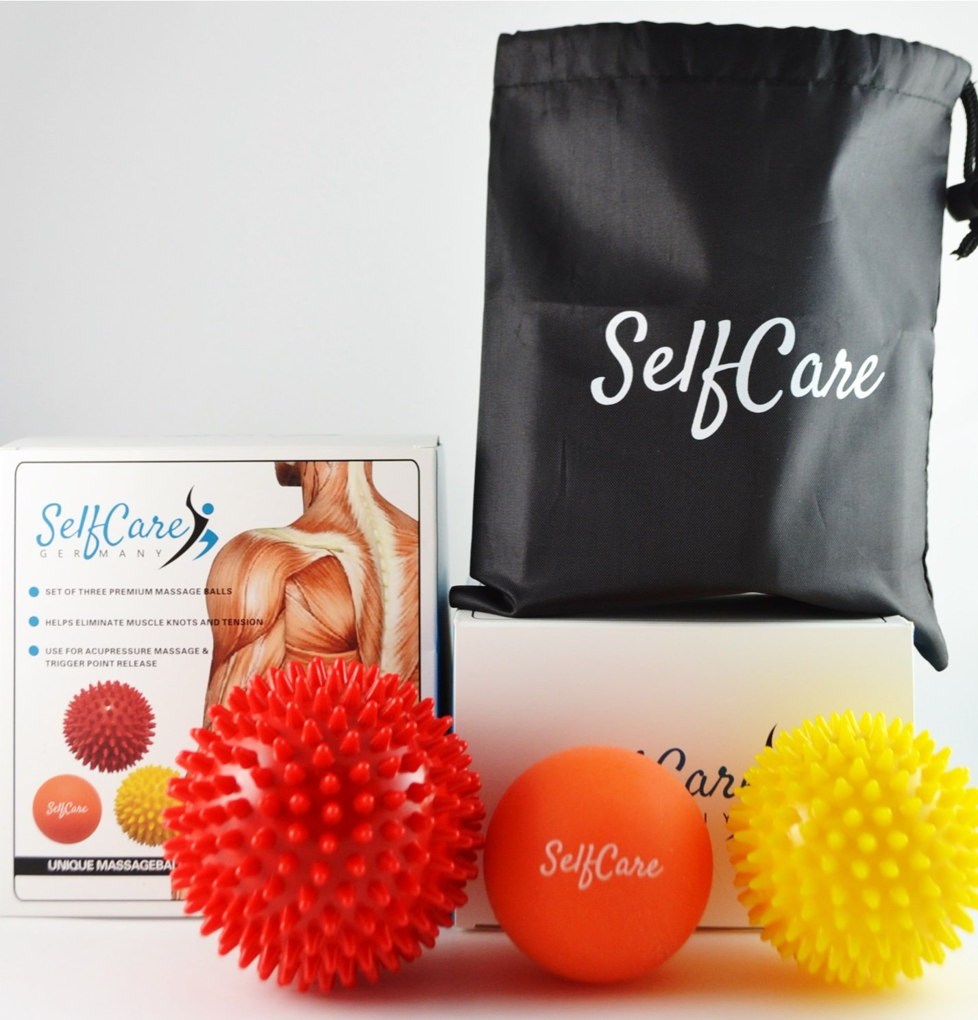 SelfCareGermany Massageball 3er Set: Einzigartiges Premium Set mit 3 verschiedenen Therapie Bällen – Perfekt geeignet für die Massage von Schultern, Rücken, Armen und Füßen gegen Verspannungen und Stress Rücken