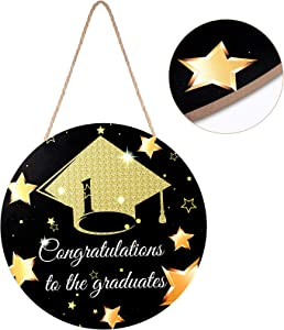Graduation Wooden Door Sign Class of 2021, Hanging Wall Decor Wood Hanging Sign Decor Wooden Hanging Ornaments with Rope for Graduation Party Home Decor (30 x 30 x 0.6 cm)