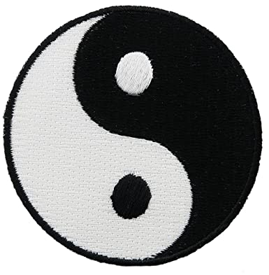 amazon com yin yang embroidered patch iron on chinese taoism symbol
