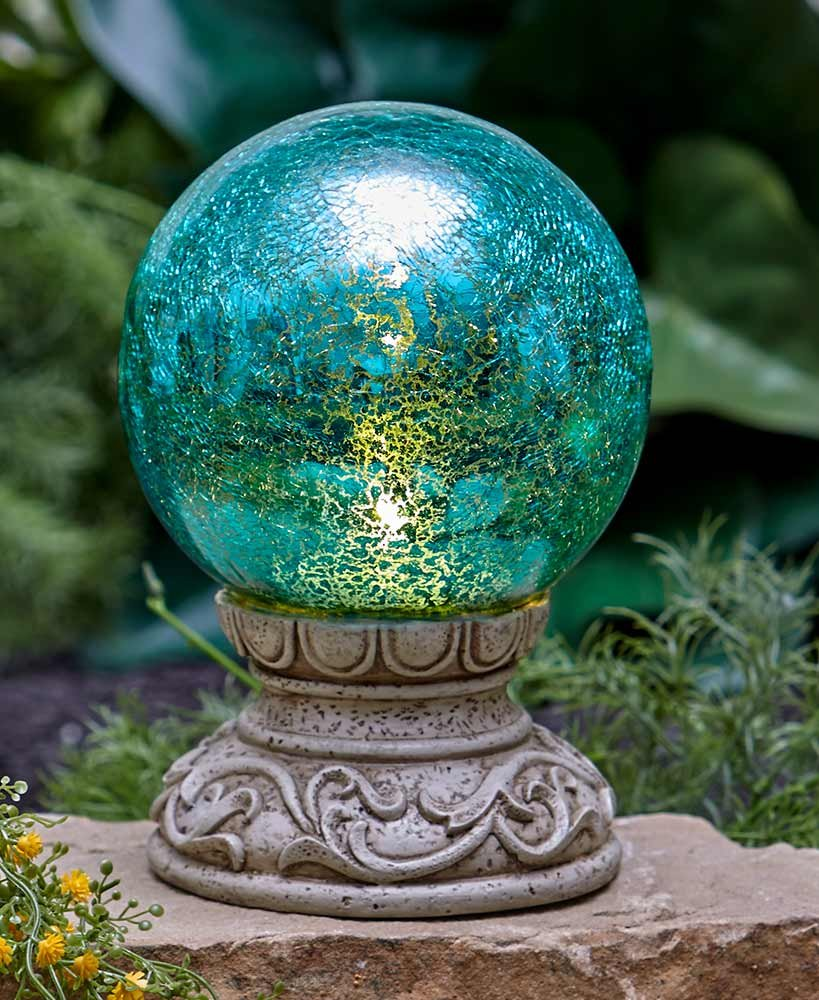 The Lakeside Collection Solar Gazing Ball