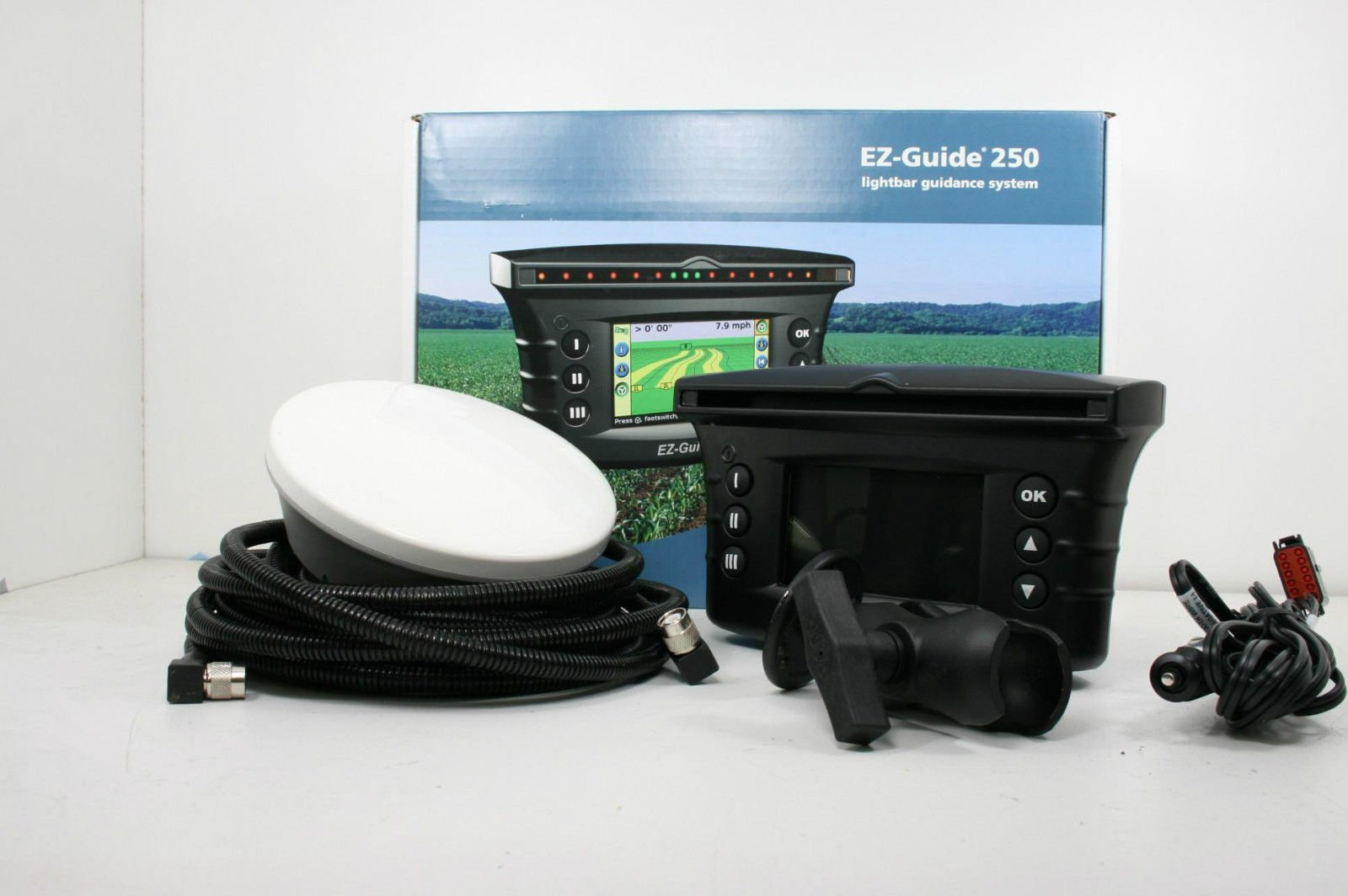 Trimble EZ Guide 250 GPS w/ AG15 Antenna Upgrade by TRIMBLE