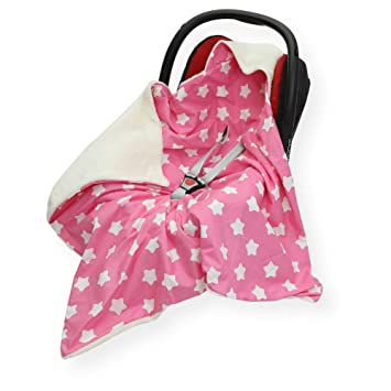 0837ad8c65d Double - Sided CAR SEAT Blanket Cover   COSYTOES - FOOTMUFF 100 x 100cm  Hooded Blanket with SEAT Belt Holes (LG Star at Pink Cream)  Amazon.co.uk   Baby