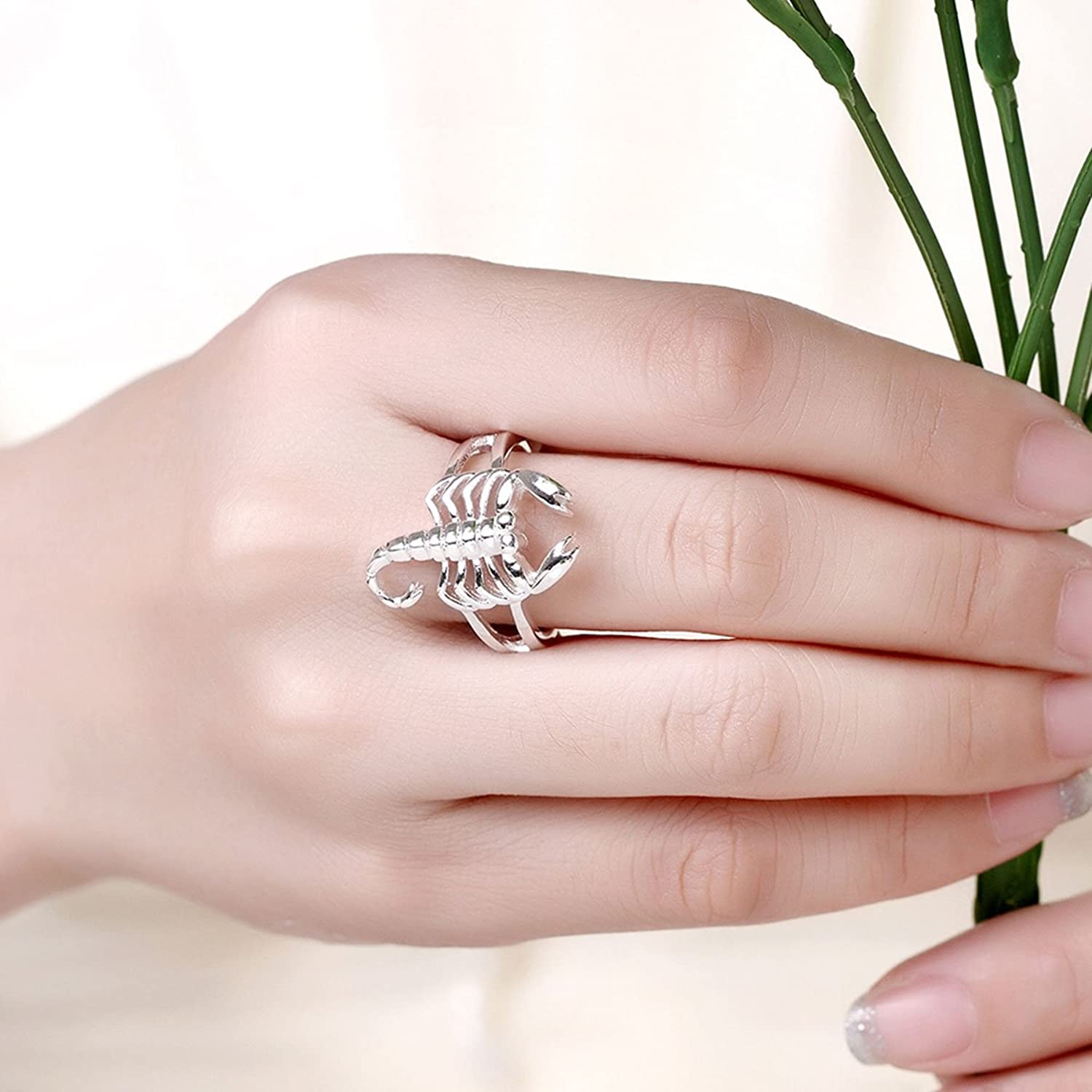 Amazon.com: Godyce Scorpion Ring for Women Size 7-8 - Sterling ...