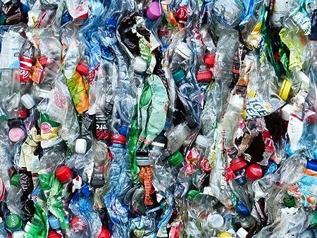 LAMINADO 32 x 24 Póster: botellas de plástico Botellas reciclado ...