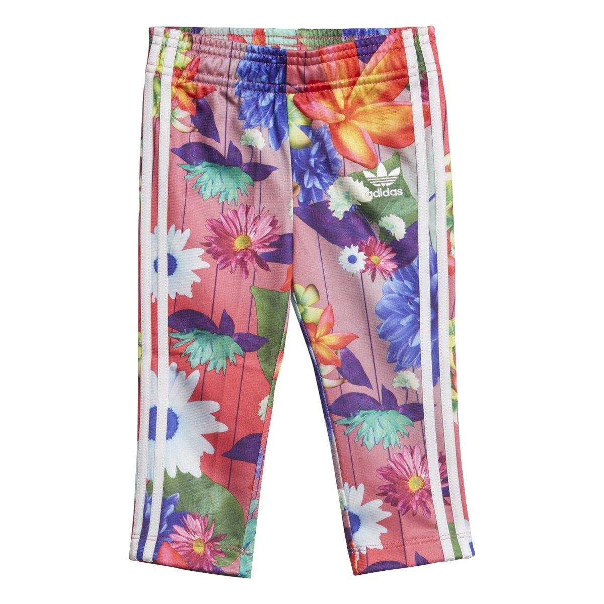 6e09fa08ce4e Amazon.com  adidas Originals Girls Originals Graphic Superstar Tracksuit   Clothing
