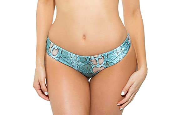 4ba615ca34 Amazon.com  Beach Candy Swimwear Rachel Brazilian Boyshort Bikini Bottom - No  Squeeze Waist