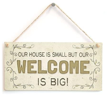 Nuestra casa es pequeño pero nuestro bienvenida es grande ...