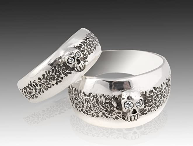 Amazon Com Skull Wedding Ring Set Sterling Silver Skull Wedding