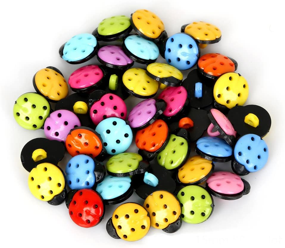MAXGOODS 100 Pieces Cute Cartoon Ladybug Shaped Buttons Handmade Tag Embellishments Ornaments Craft Decorations for Sew Accessories Scrapbooking Clothing Leather Red