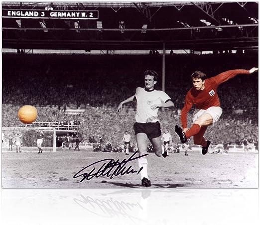 Sir Geoff Hurst Firmado Foto: 1966 Copa del Mundo de Meta: Amazon.es: Deportes y aire libre