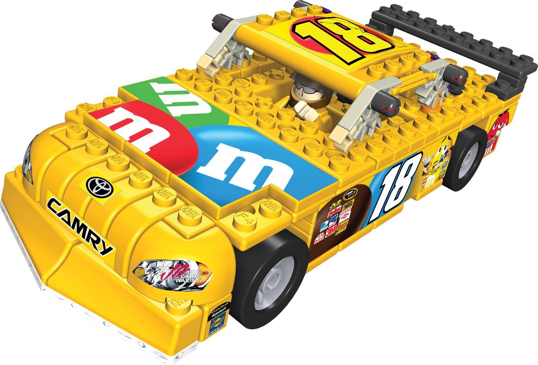 amazon com nascar nascar 18 m u0026m u0027s car building set toys u0026 games
