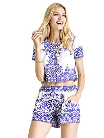 a5e765f720 Choies Women's Blue Tile Print Crop Top with Shorts Two Piece Outfit Suit S