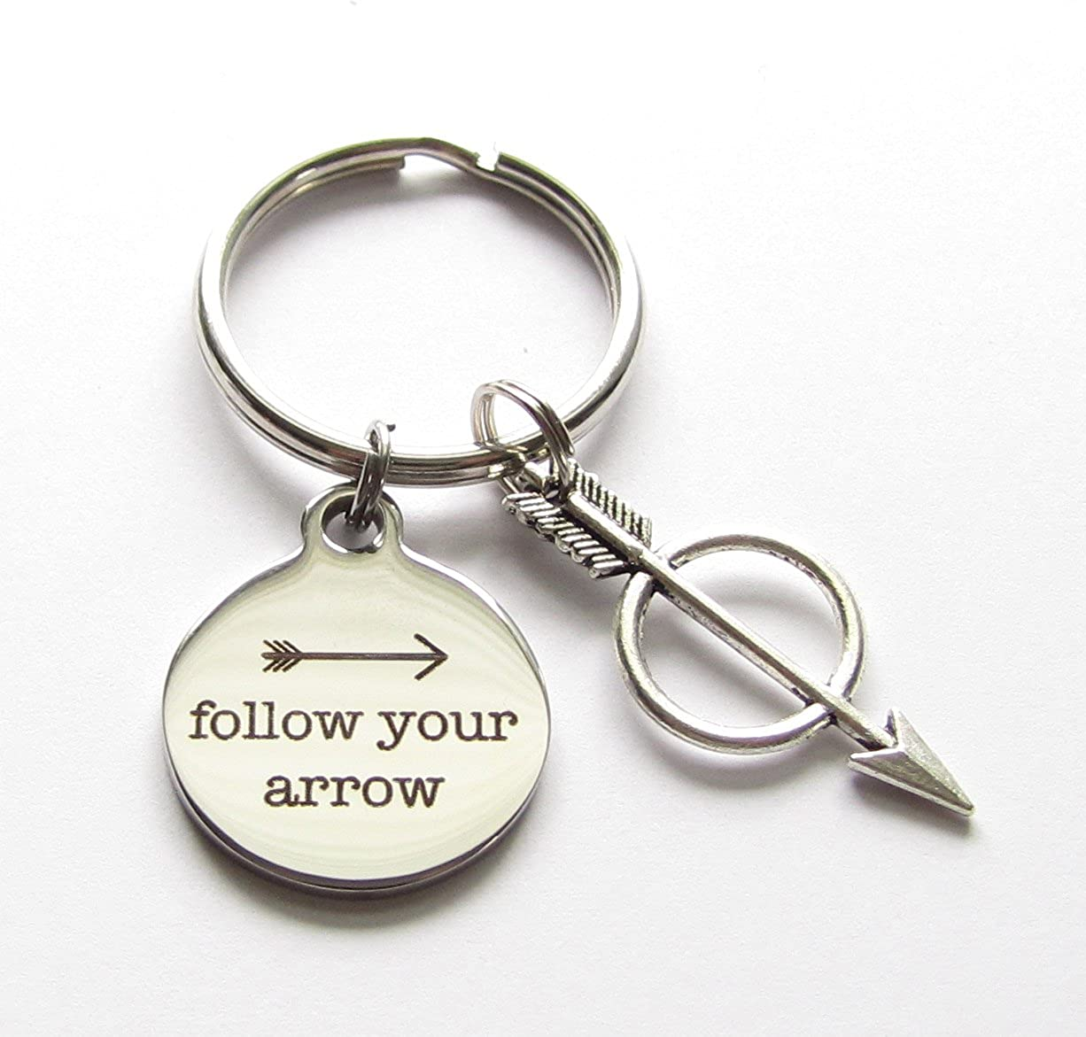 Amazon.com: Follow Your Arrow Mensaje Encanto y Bullseye ...