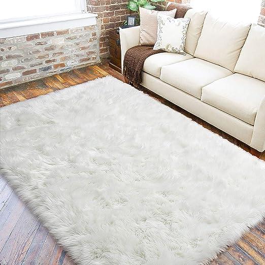 Soft Shaggy Area Rug for Bedroom Bedside Living Room Floor Mat Home Decor