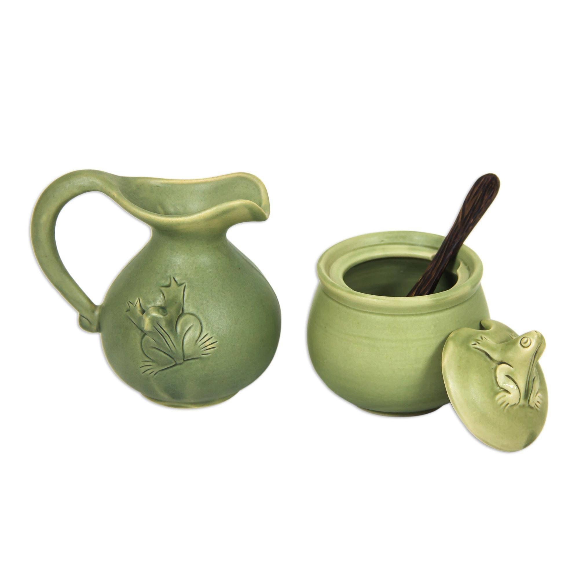 NOVICA TWE0237''''Fancy Frogs'' Ceramic Sugar Bowl And Creamer, 3.9'' x 3.2''