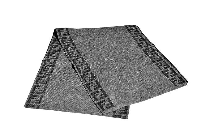 huge discount 2d147 1c5cc Sciarpa Fendi Reversibile Grigio: Amazon.it: Abbigliamento