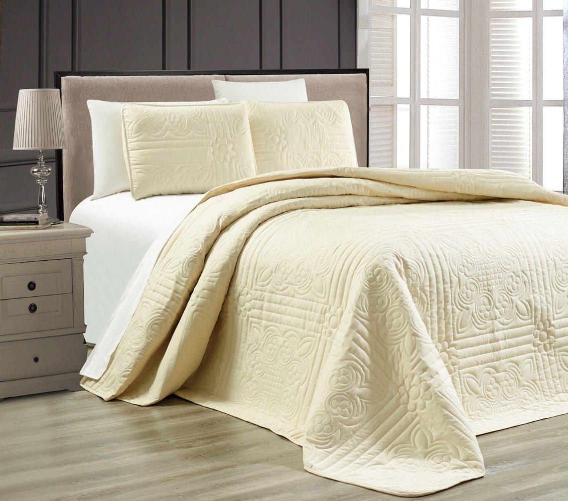 amazon com 3 piece taupe oversize stella grande bedspread queen