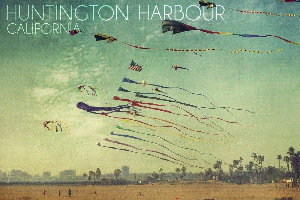 Huntington Harbour、カリフォルニア – 凧とビーチ 36 x 54 Giclee Print LANT-56072-36x54 36 x 54 Giclee Print  B017EA1IPY
