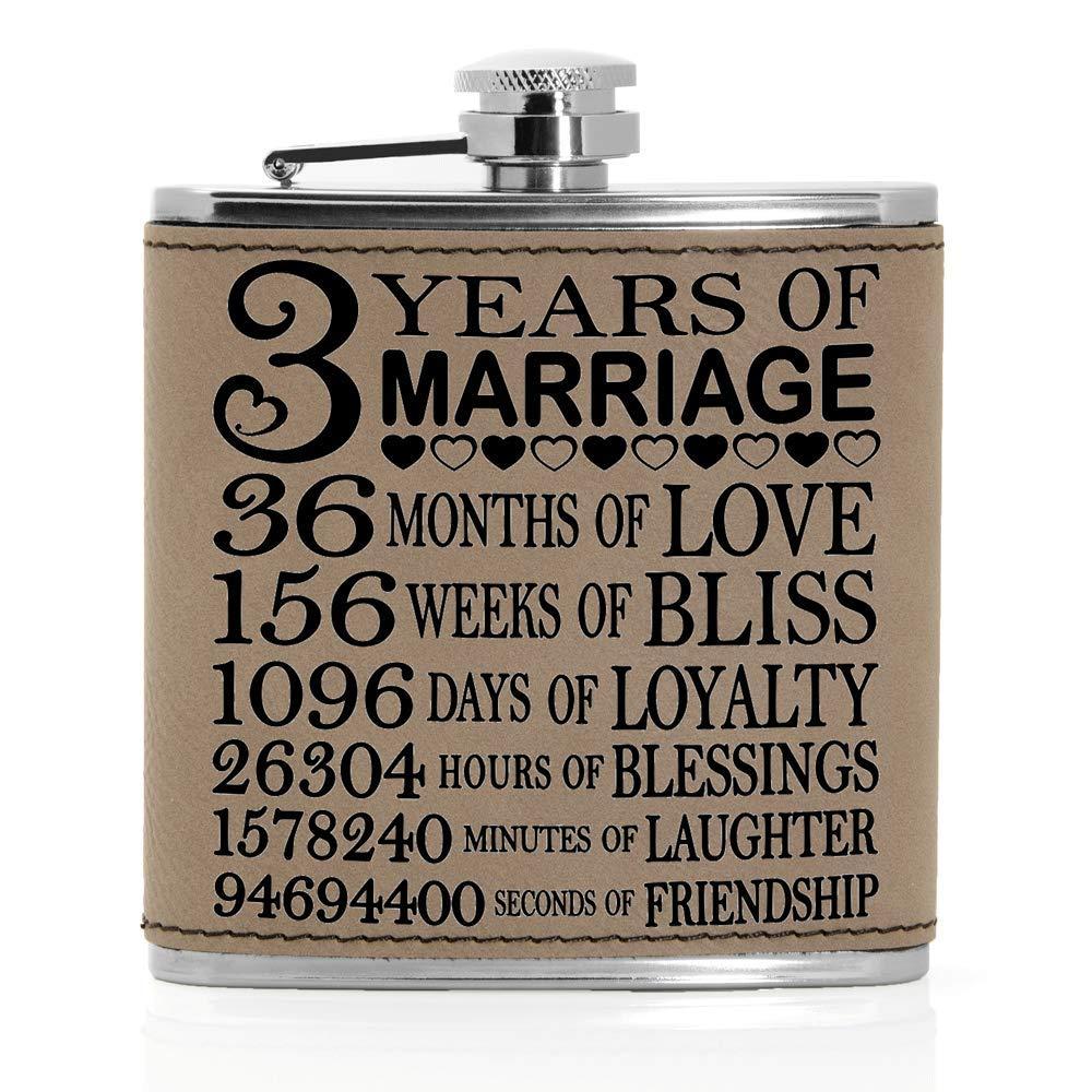 夏セール開催中 MAX80%OFF! 3周年記念フラスコ – レザー。 3 Years Years of Marriage of ブラウン レザー。 3 Years of Marriage B07J1745LC, チヨダク:95bd26f3 --- a0267596.xsph.ru