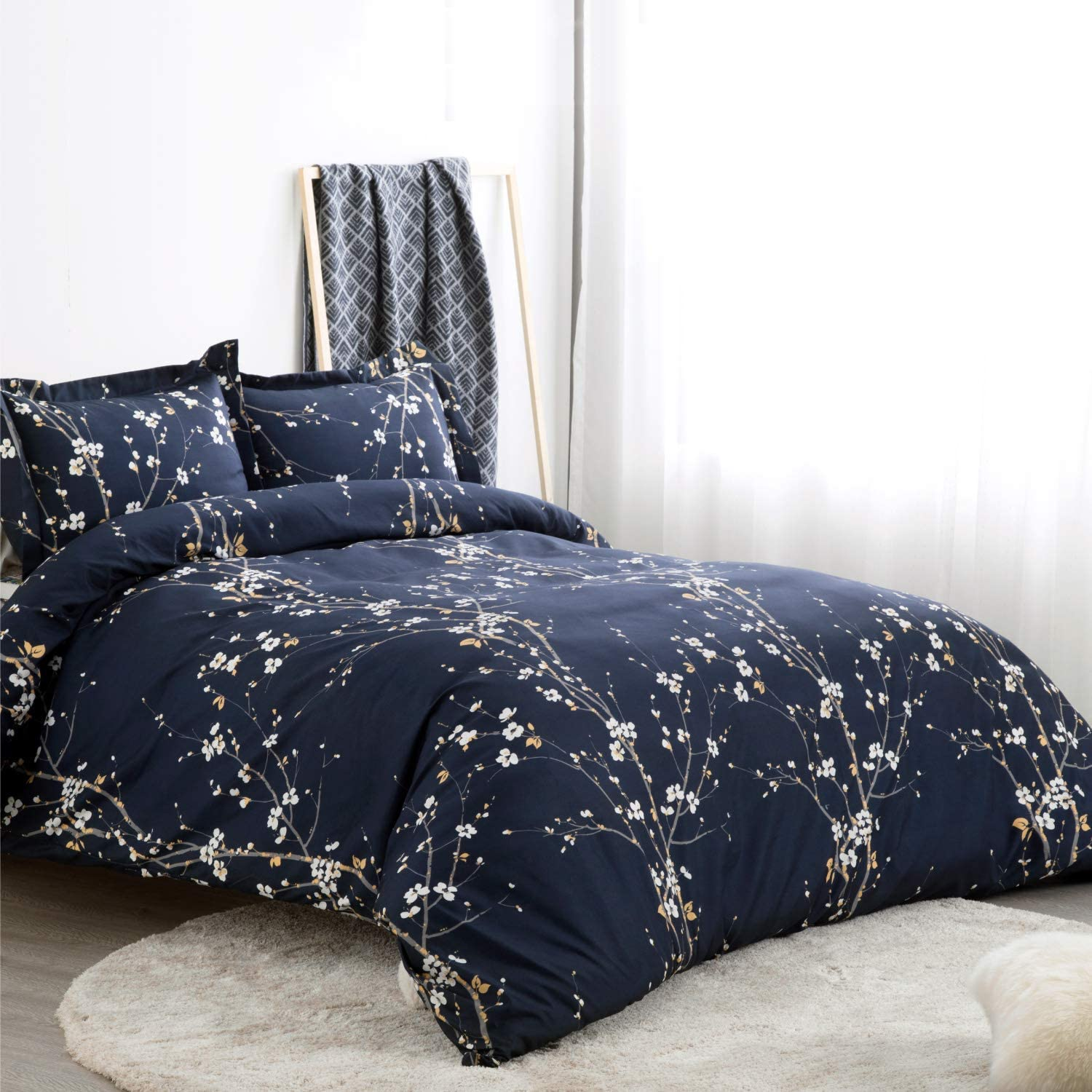 Bedsure Spring Bloom Pattern Bedding Set Full/Queen (90x90 inches) Duvet Cover Set Navy Printed Modern Comforter Cover-3 Pieces-Ultra Soft Hypoallergenic Microfiber: Home & Kitchen