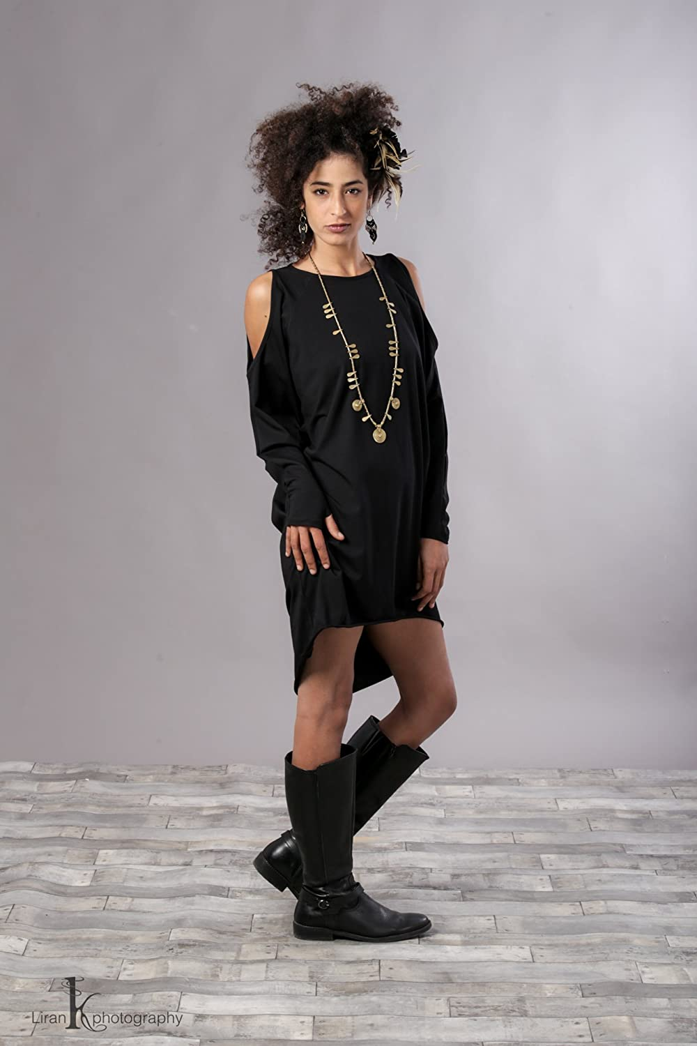 3d6fab8c34d Simple Black Dress With Long Sleeves - Gomes Weine AG