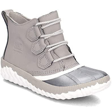 5495706dbc624 Sorel Women's Out 'N About¿ Plus Chrome Grey Leather/Metallic Shell  Combination 5 B US