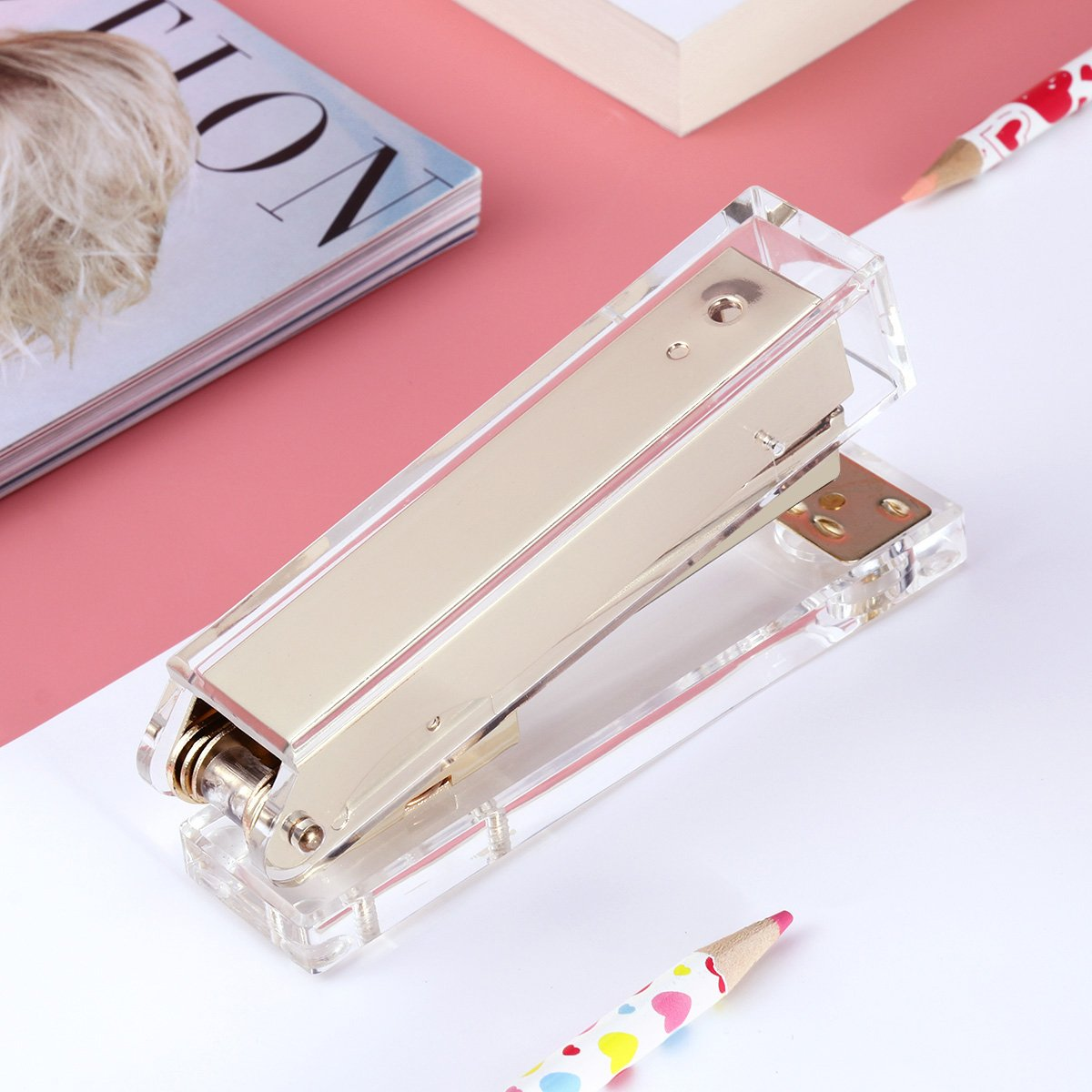 TOYMYTOY Acrylic Clear Desktop Staplers,Classic Desk Staplers for Office, School Use (Gold) by TOYMYTOY (Image #5)