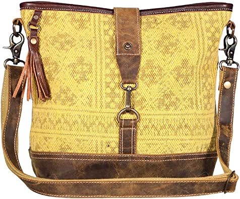 Amazon Com Myra Bags Fervor Canvas Leather Rug Shoulder Bag S 1939 Shoes It includes numerous zippered pockets to store items like an ipad mini, multiple card slots, with even more pockets to store a map, a guide book, and even a journal. myra bags fervor canvas leather rug shoulder bag s 1939