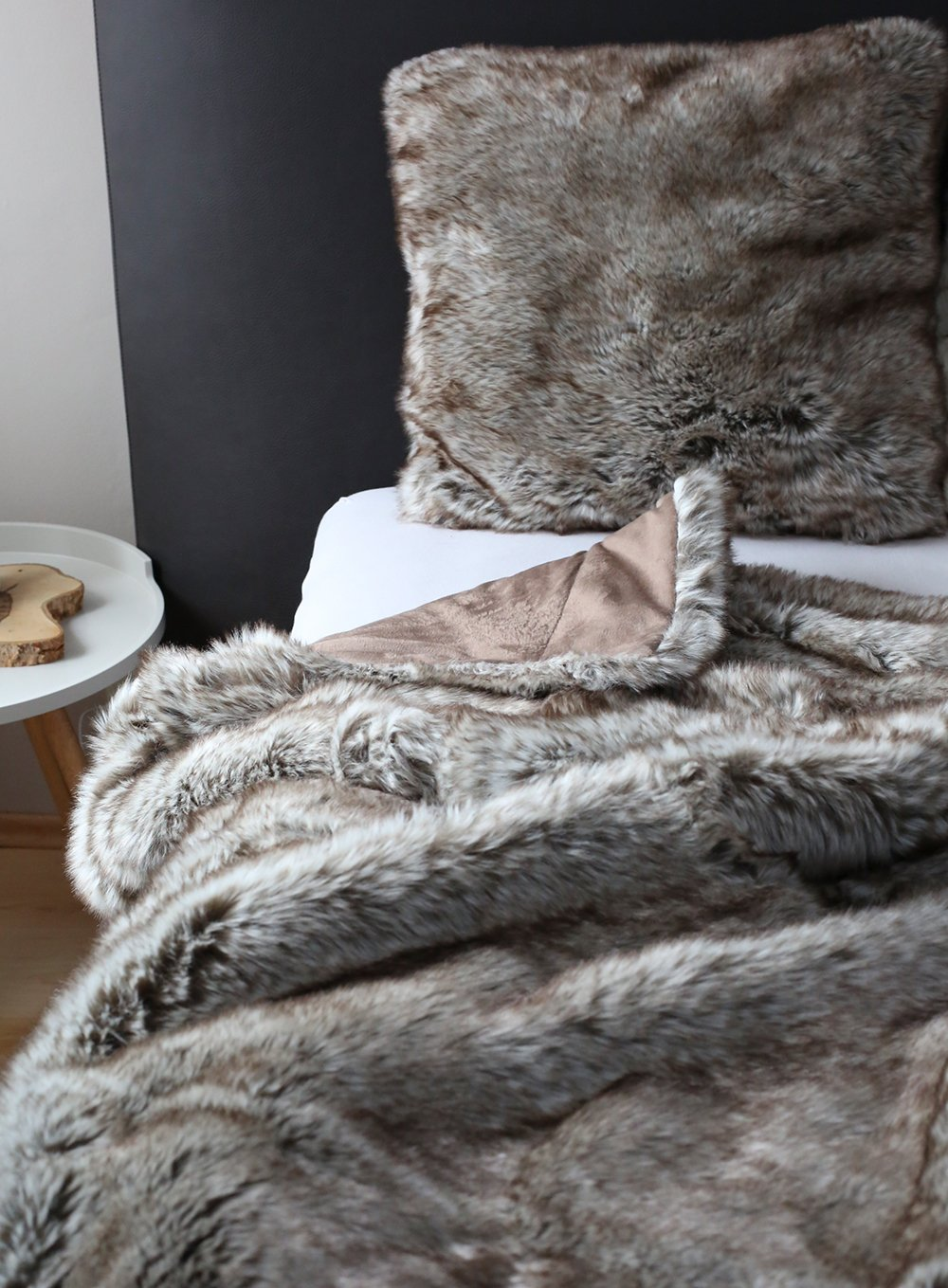 fellimitat decke luxus xcm steppenwolf with fellimitat decke best manta reversible pelo en. Black Bedroom Furniture Sets. Home Design Ideas