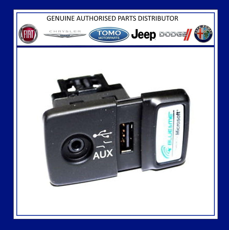Original FIAT 500 Panda Punto Blue /& Me USB Media Player Aux Buchse 735547937