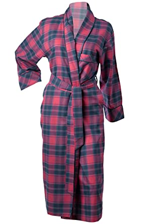 b4504992cf Waite Ltd Ladies 100% Combed Cotton Tartan Dressing Gown Satin Trim Womens  Bath Robe Small (Strawberry Check)  Amazon.co.uk  Clothing