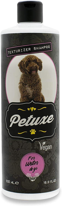 perros de pelo rizado o rastas vegano, botella oscura petuxe