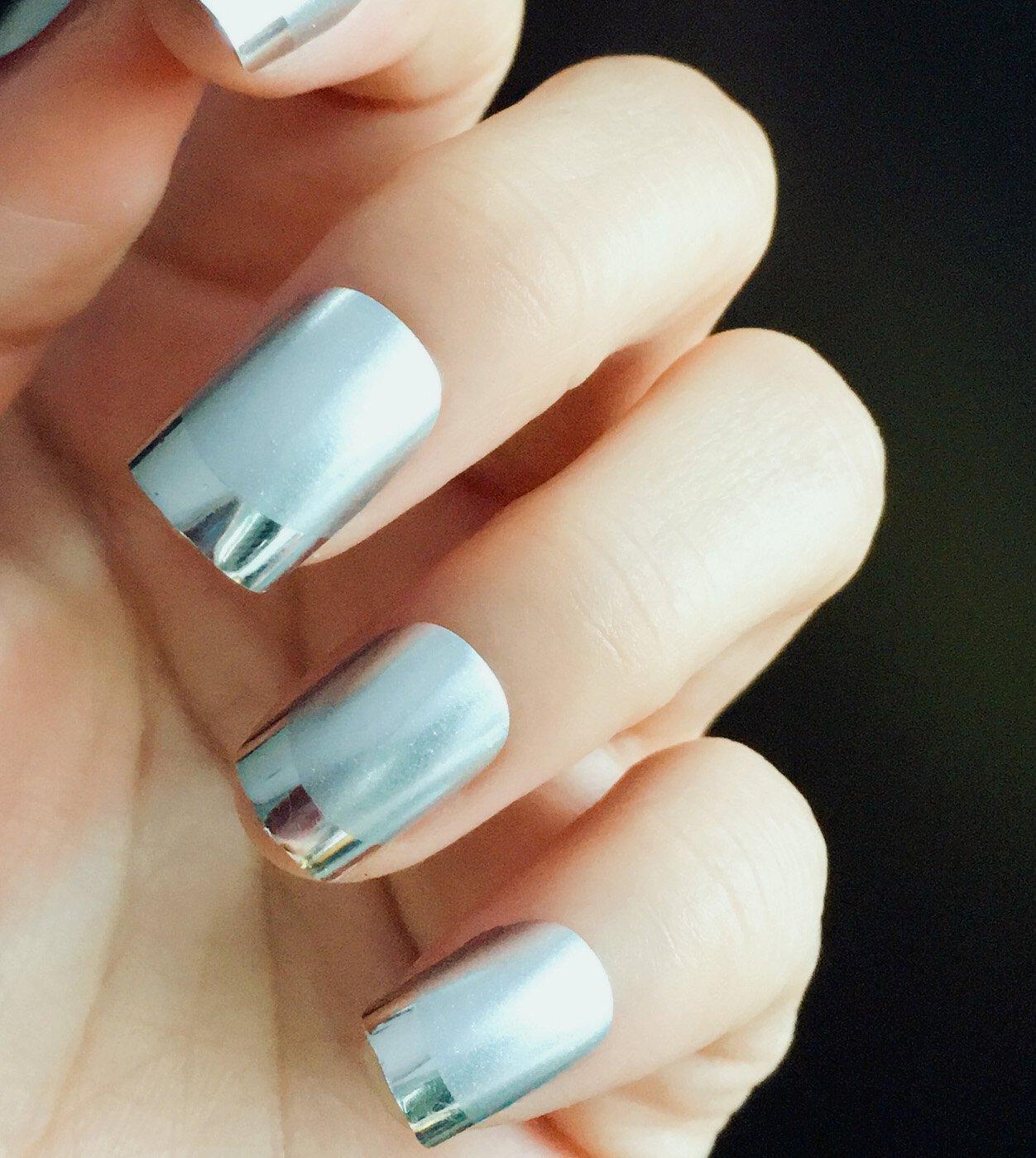 Amazon.com : Fake Nails False Nail Design Pretty Nail Designs Matte White with Silver Fake Nails : Beauty