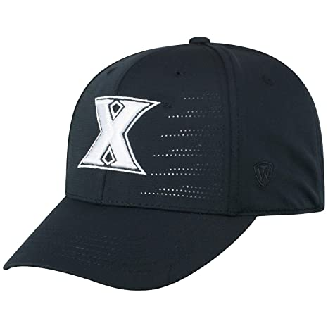the latest 7d566 fbee4 Amazon.com   Top of the World Xavier Musketeers Tow Black Dazed Structured  Flexfit Hat Cap   Sports   Outdoors