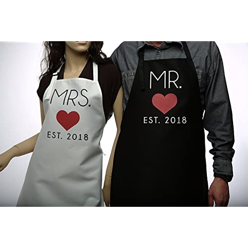 mr and mrs 2018 couples kitchen aprons 2 piece set cute