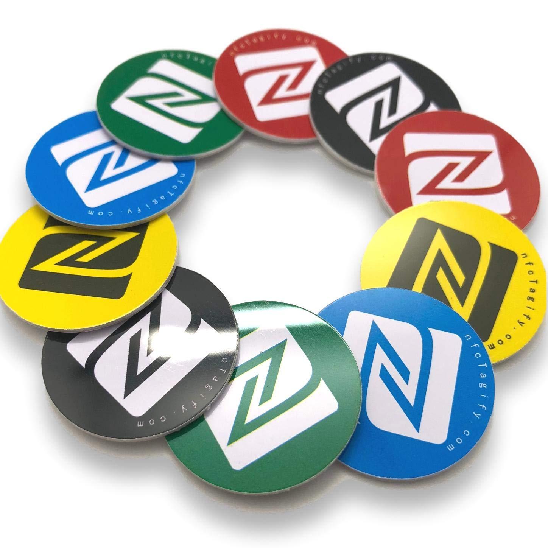 10 NFC Tags | NXP Chip NTAG215 | memoria de 504 bytes | Etiquetas Redondas |Colores mezclados | PVC duro y Pegamento 3M | alta potencia de escaneo | Mismo ...