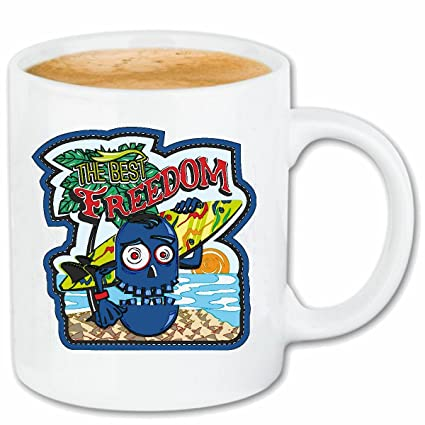 """taza para café """"LA LIBERTAD MEJOR monstruo con tabla de surf en Island Surf"""