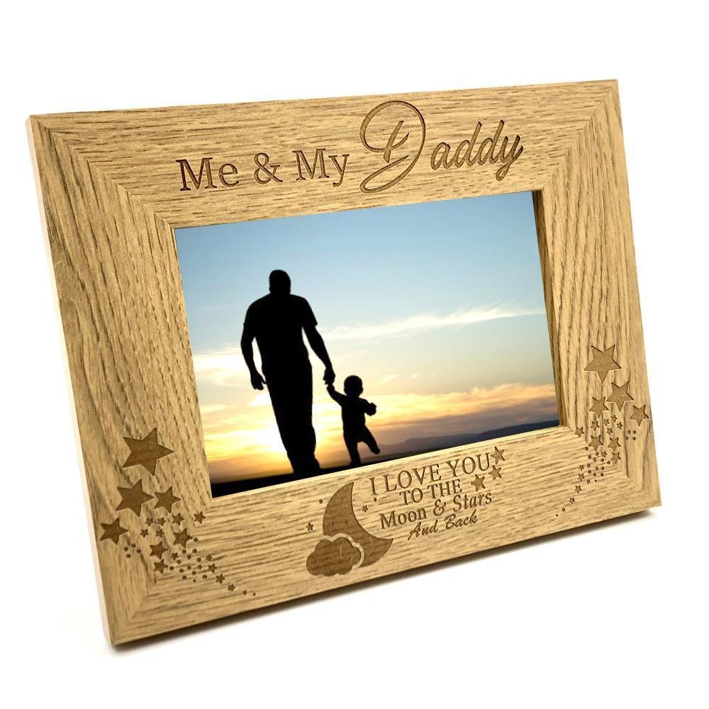 ukgiftstoreonline Me and My Daddy Love You To The Moon Photo Frame Gift (4 x 6 Inch)