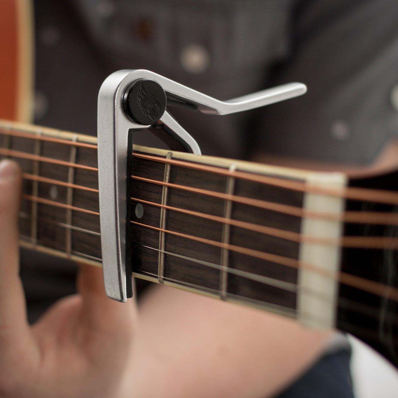 Tiger Music GACAPO3 color negro Cejilla de pinza para guitarra