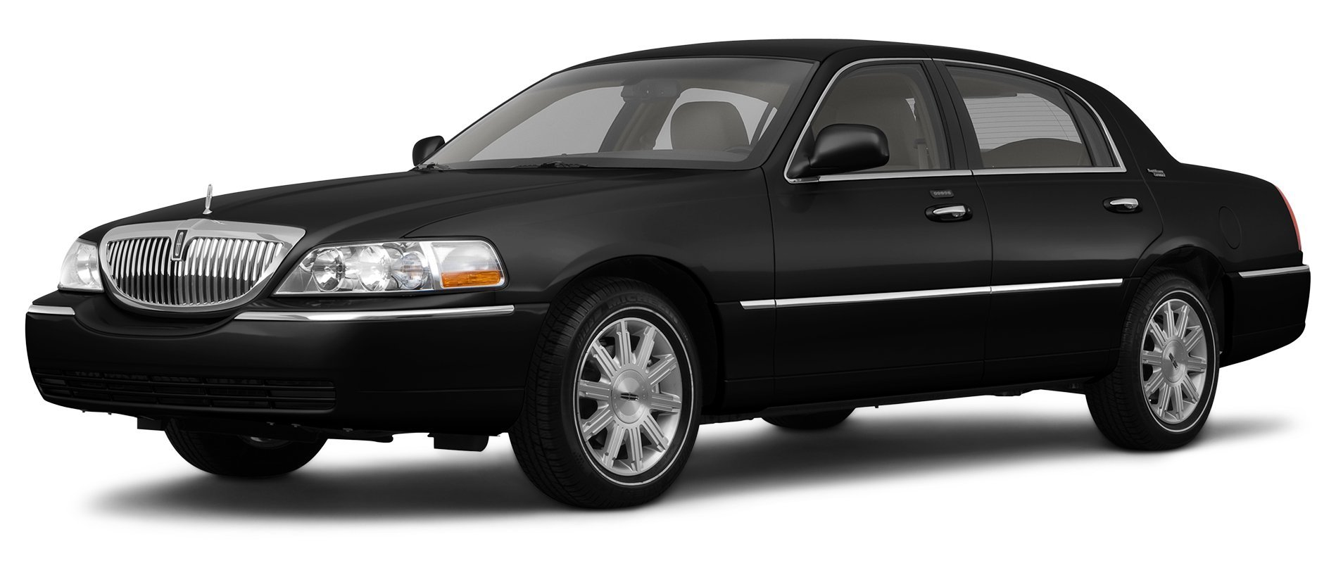 2011 Lincoln Town Car Reviews Images And Specs Vehicles Rim Signature L 4 Door Sedan