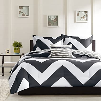 Amazon Com Black White Chevron Twin Comforter Sham Toss Pillow