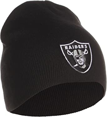 Amazon Com Reebok Oakland Raiders Uncuffed Embroidered Logo Winter Knit Beanie Hat Black Sports Fan Beanies Clothing