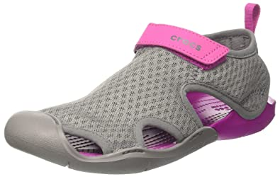 crocs Swiftwater Mesh Sandals Women, Damen Geschlossene Sandalen, Grau (Smoke), 38/39 EU