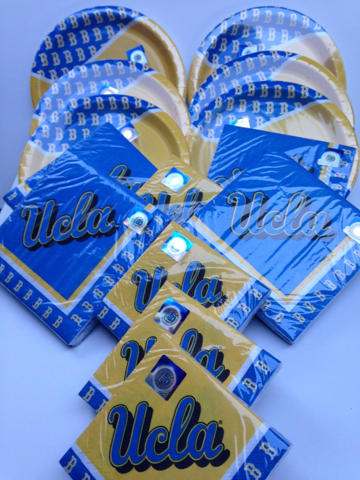 UCLA Tailgating Party,Football fan, 48 plates, 80 large napkins, 80 small napkins